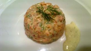 Tartar de salmón con algas