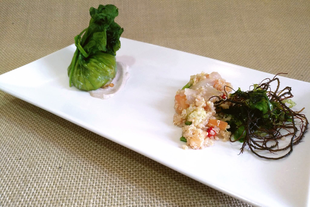 ensalada de quinoa, algas y bonito marinado