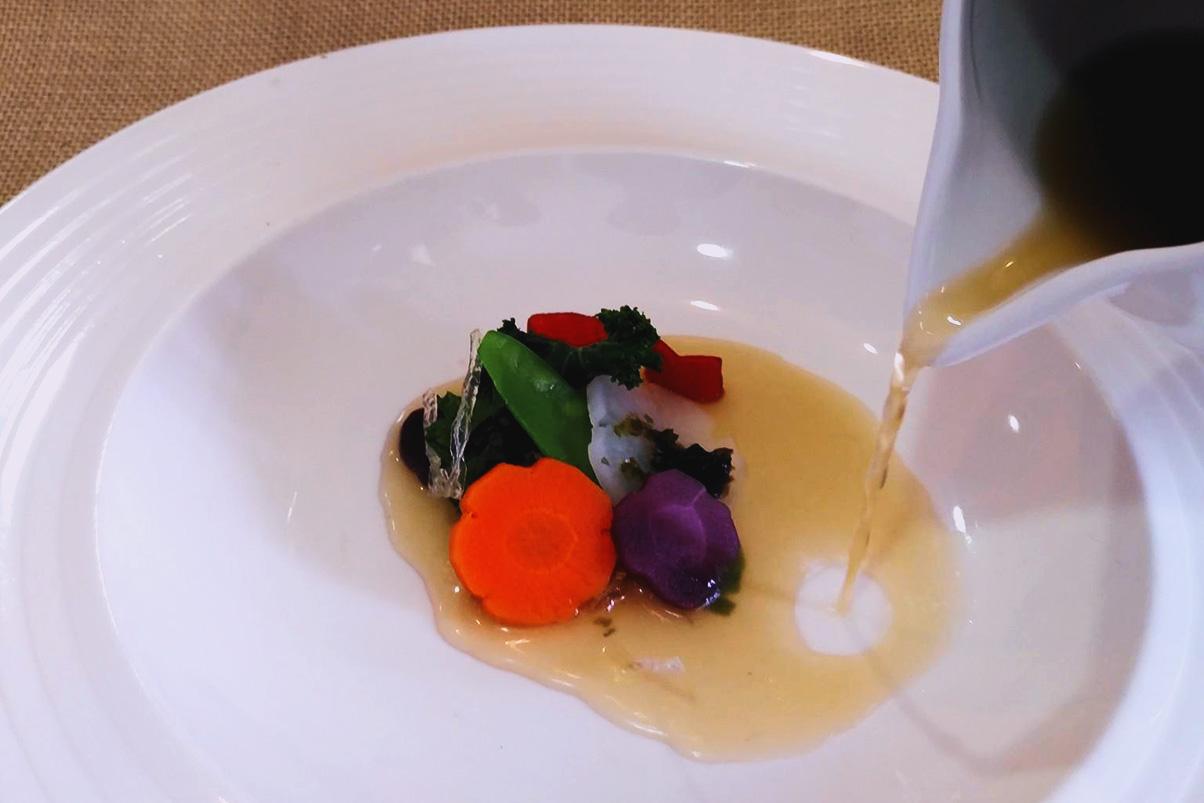 Sopa japonesa de algas y hortalizas